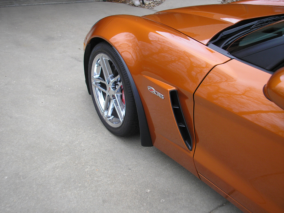 APsis Corvette C6/Z06 or Grand Sport Front Splash Guards,  Pair