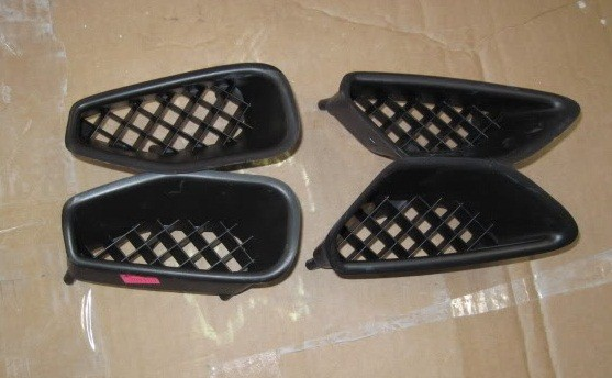 2009-2013 C6 ZR1 Corvette GM OEM Front Fender Side Grill Scoops, Complete Set of 4, LH and RH Pairs